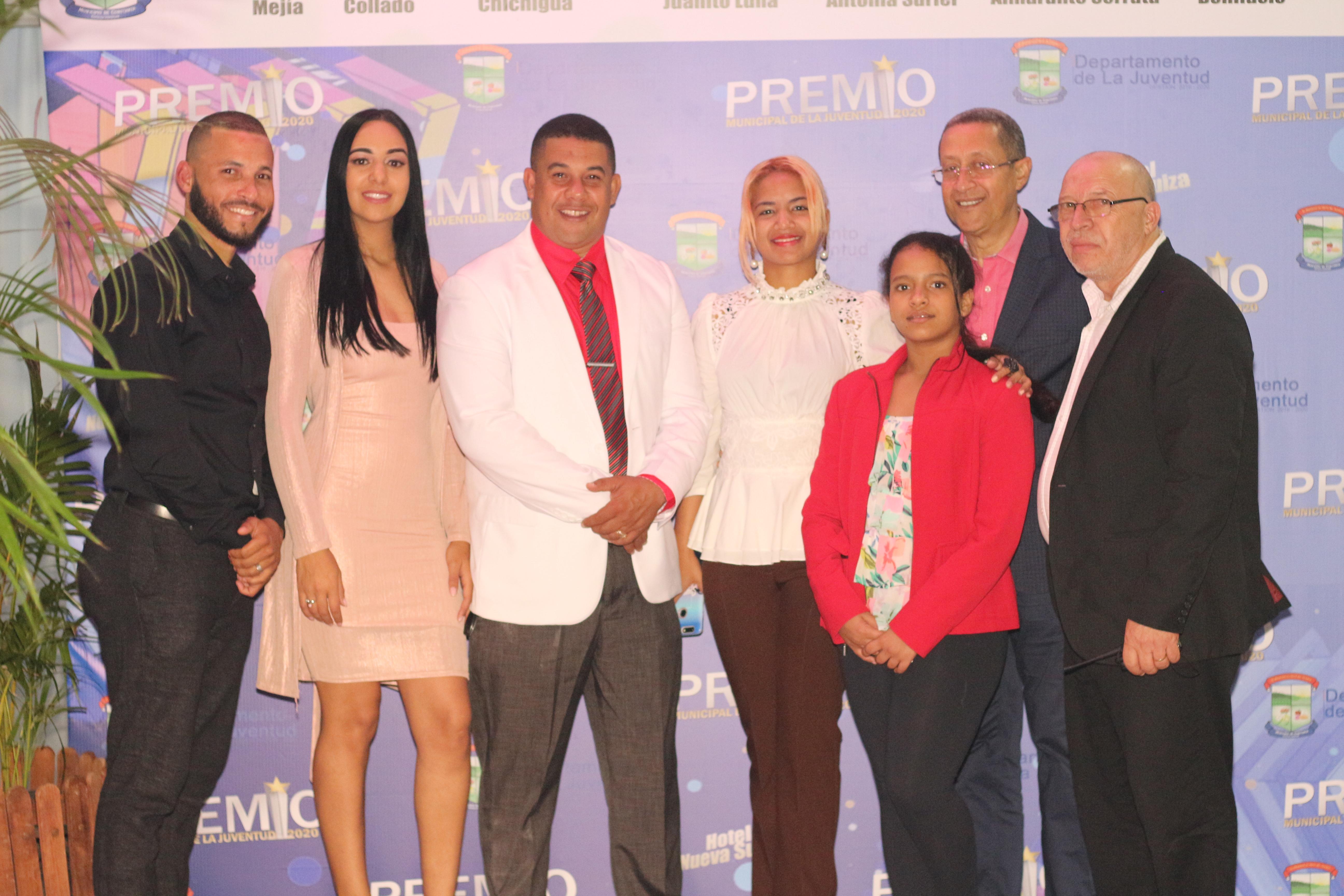 Realizan premiación a la Juventud en Constanza